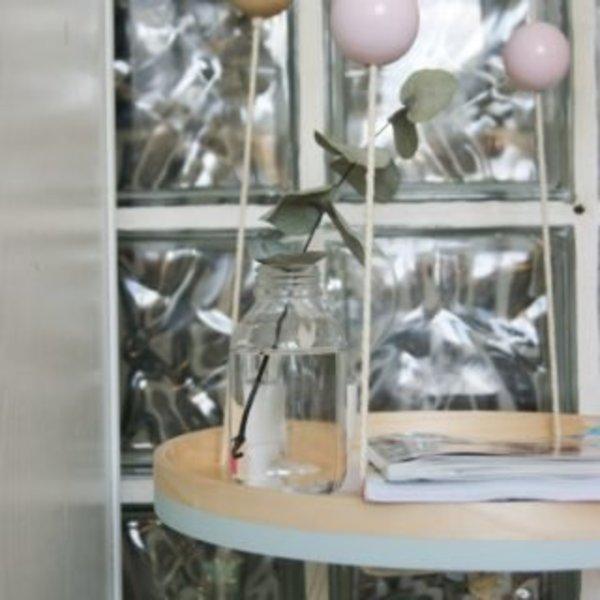 DIY TABLE DE CHEVET SUSPENDUE- TA-DAAAM !!