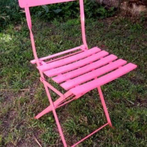 Relooker des chaises en métal- RELOOKING DE LA DEUXIEME CHAISE