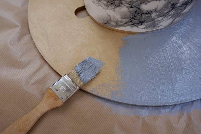 DIY : Upcycler un touret en table tendance- La peinture