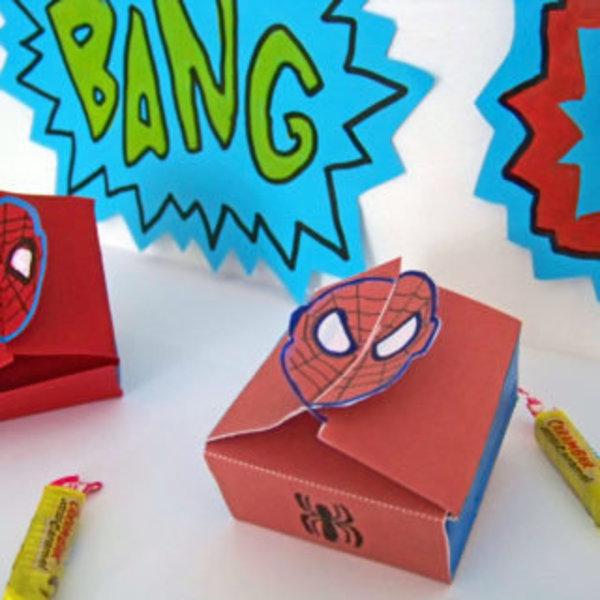 """Des boîtes Super héros pour super Papa !!- Dessiner les""""éclatés"""""""