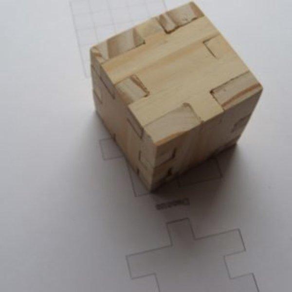 Puzzle Cube en bois- Ajustage final et emboîtement