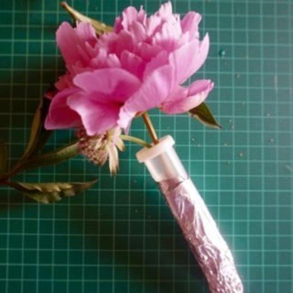 DIY : Une guirlande de fleurs pour les mamans qui déchirent !- Composition florale