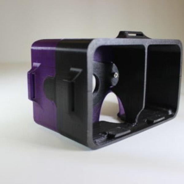 Lunettes de réalité virtuelle- Emboîtement du support secondaire sur le support principal