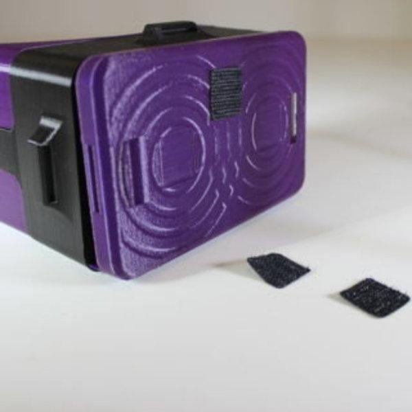 Lunettes de réalité virtuelle- Fixation des carrés adhésifs de velcro