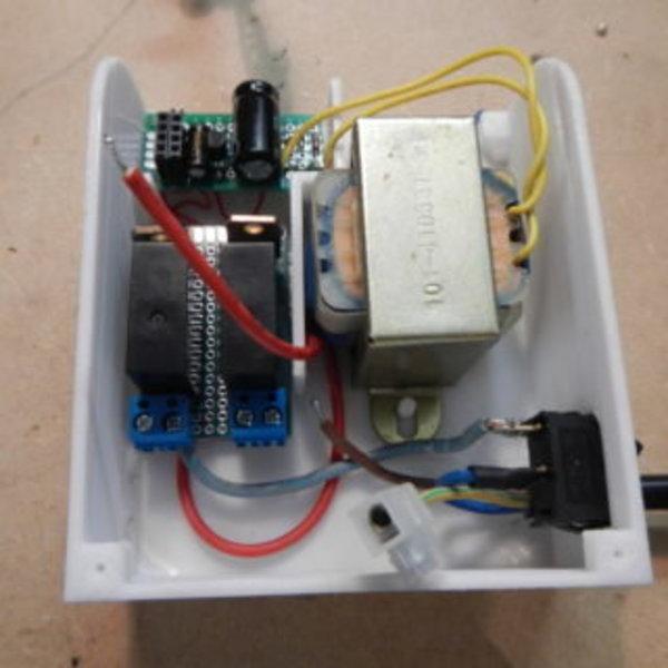 Relais Wi-fi avec ESP8266- Tout Assembler