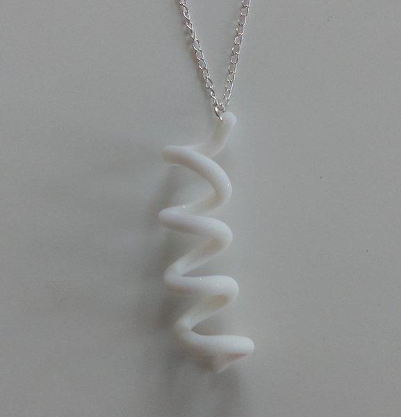 """Les pendentifs """"Spirales""""- Montage des pendentifs"""
