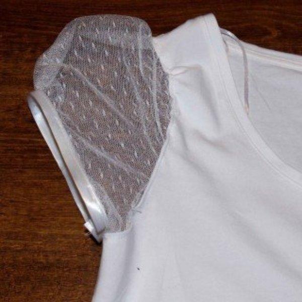Un tee-shirt printanier !- Coudre les manches en plumetis