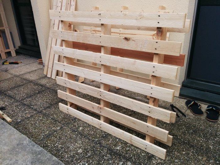 Petit bac à compost- Déclouement des palettes