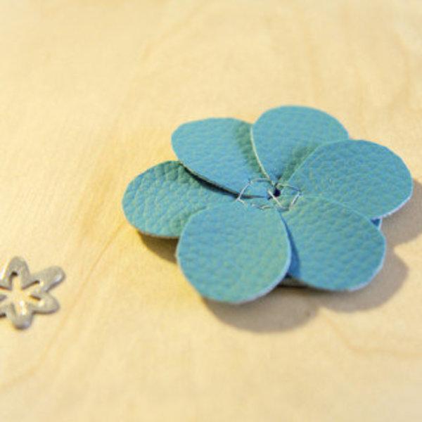 Headband Fleur Bleue- Réalisation de la fleur bleue