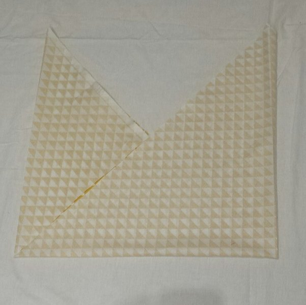 Un sac cabas XXL réversible- Pliage