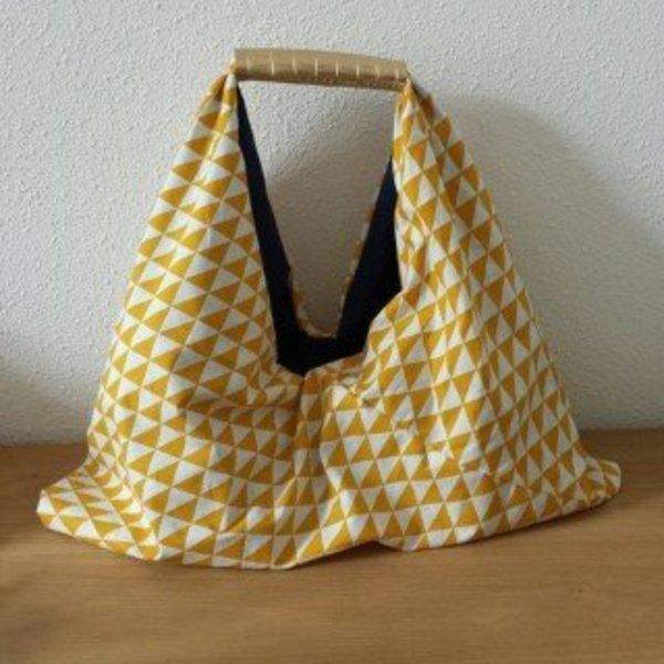 Un sac cabas XXL réversible- Finitions