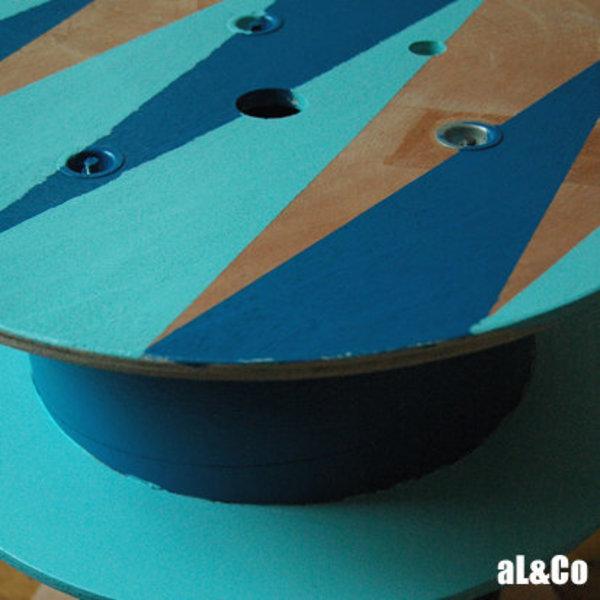 le touret qui voulait être une table basse- la peinture