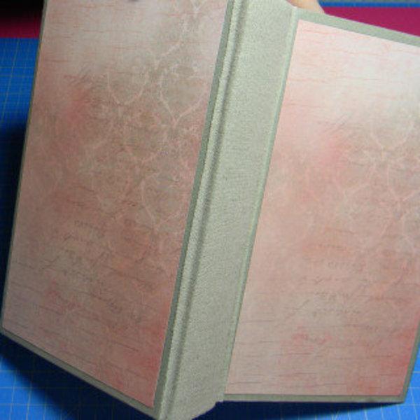 Livre creusé porte-alliances vintage- Décor extérieur : papier