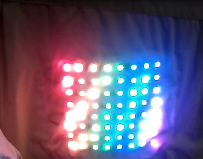 """""""De Lighted"""" Shirt- test et programmation"""
