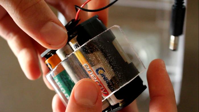Lyre à LED de spectacle radiocommandé- L'alimentation générale / conception