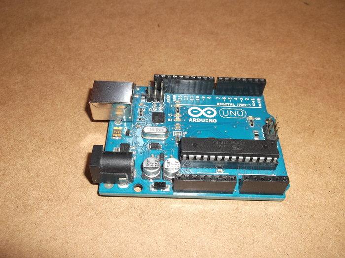 Ampoule ou bandeau de LED RGB connectée- Partie Materiel