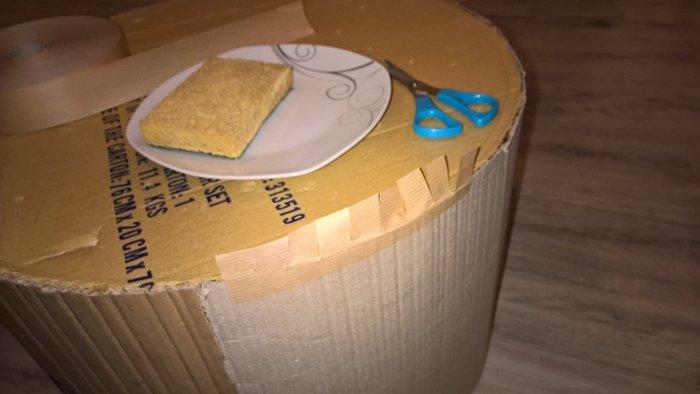 Que faire des cartons et autres emballages cadeaux- Utiliser les bandes de kraft pour les jointures