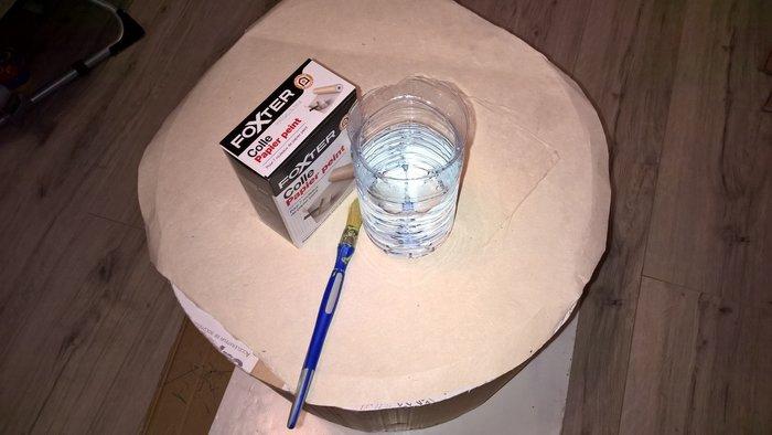 Que faire des cartons et autres emballages cadeaux- L'application du vernis colle