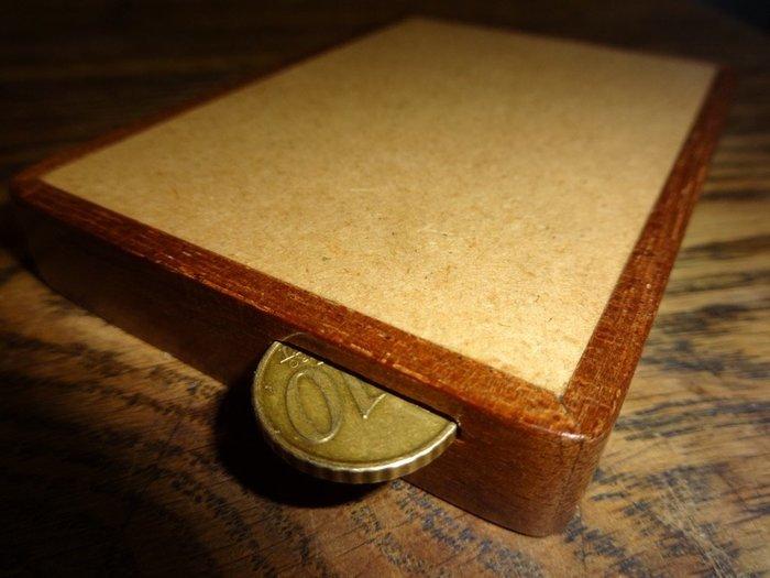 Un labyrinthe… pour pièce de 10 cents !- Créer un pourtour en bois massif