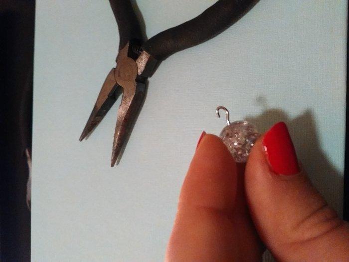 Boucles d'oreilles étoilées pour le réveillon- Réaliser le deuxième pendant