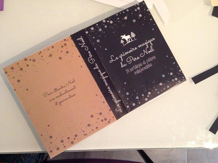 Le livre magique du père Noël- Le livre qui contiendra les petites boites