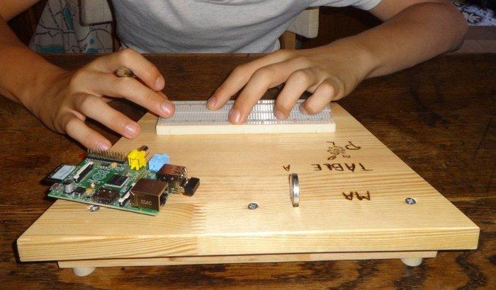 """Une """"table à Pi / paillasse"""" !- Placer les composants sur la """"table à Pi"""""""