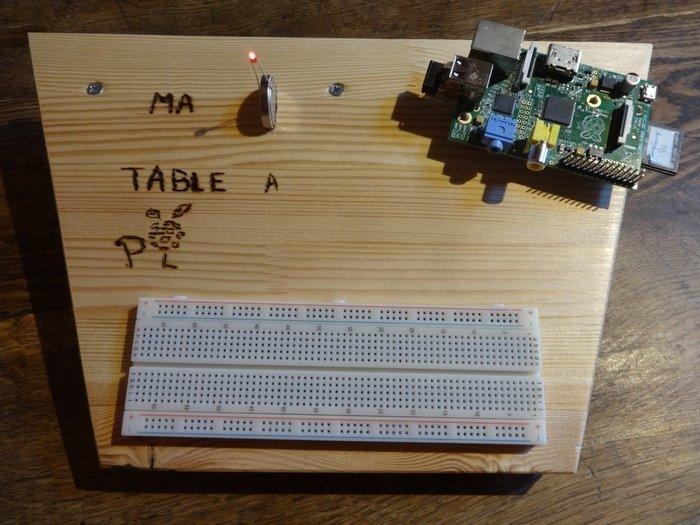 """Une """"table à Pi / paillasse"""" !- Fignoler le tout et s'en servir !"""