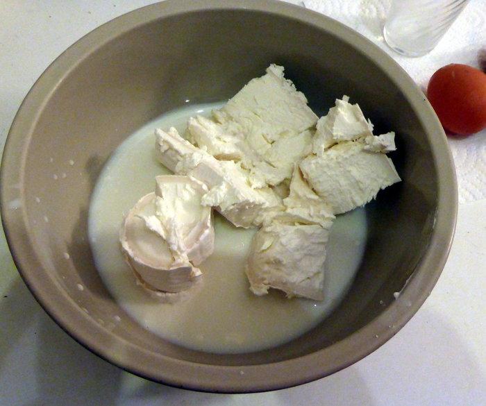 Tarte au chèvre et noisette- Délayer le fromage