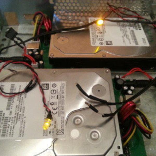 NASBOX314- Report des voyant d'activité des disques