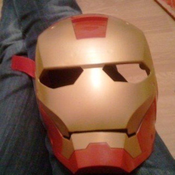 Fabriquer un costume d'Iron Man- Le casque d'iron man