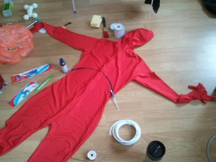Fabriquer un costume d'Iron Man- La peinture