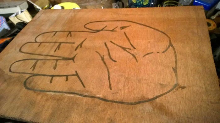 Fabriquer un sweat-shirt Star Trek- La fabrication du pochoir