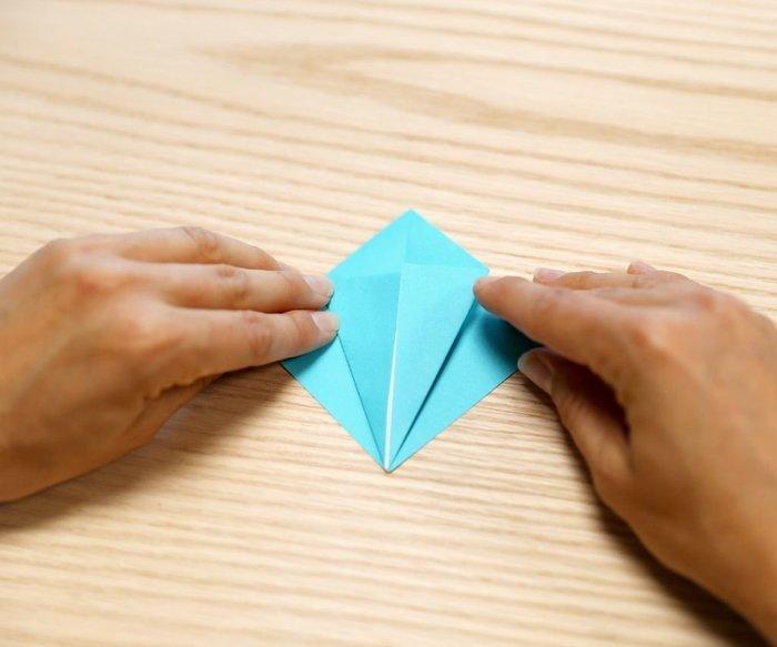 Cygne en origami- Le pli Superman