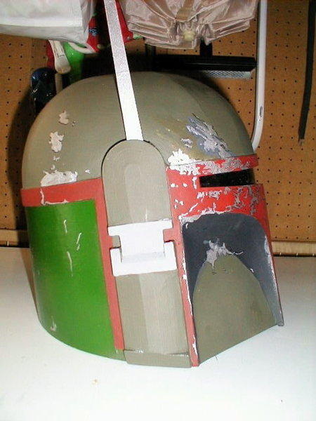 Fabriquer un casque pour un costume/déguisement- Finitions et peinture