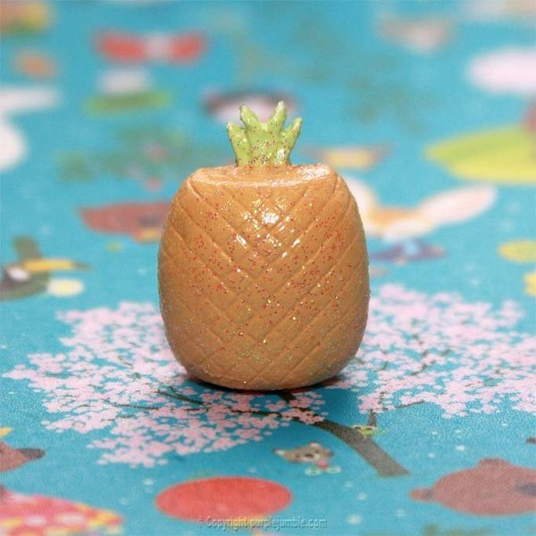 Une broche ananas à paillettes-En faire une broche