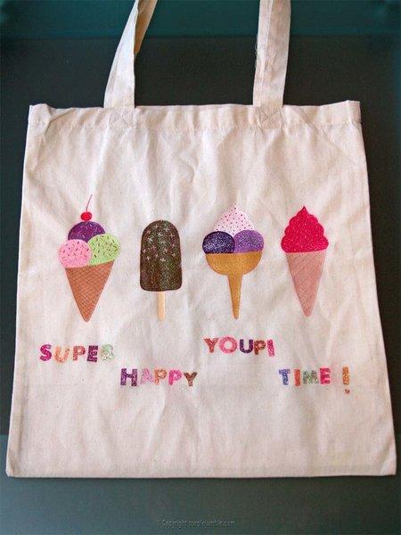 Un tote bag customisé pour l'été-Peindre les décorations