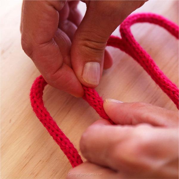 Prénom en tricotin-Former le mot choisi
