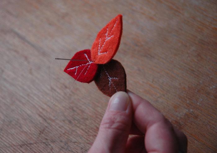 Le mobile de l'automne-Et on accroche l'ensemble !