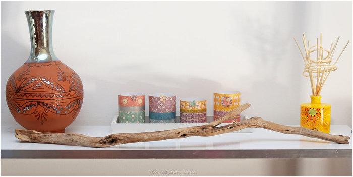 Un support à colliers en bois flotté-Peindre la branche de bois