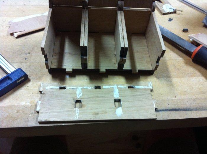 La petite boîte d'ENZO-Assemblage de la boîte