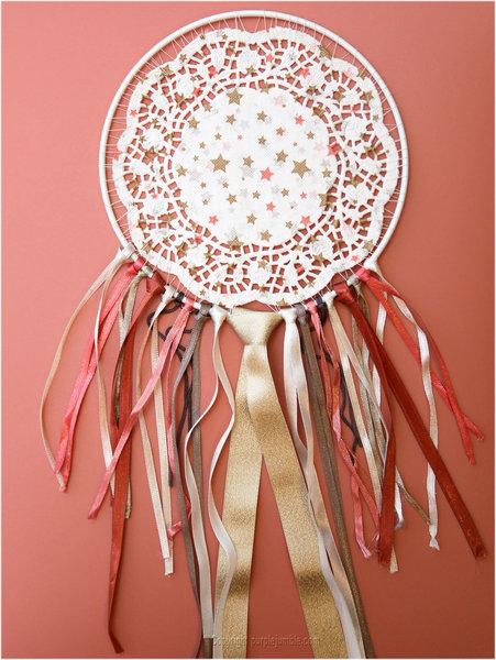 Un dreamcatcher pour rêver et décorer-Attacher les rubans