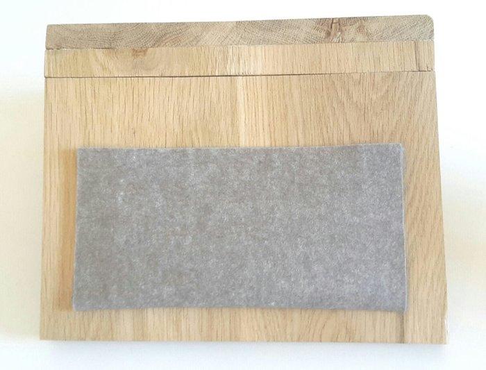 Tablette d'appoint pour canapé-Collez le sous-mug et la pochette en feutrine
