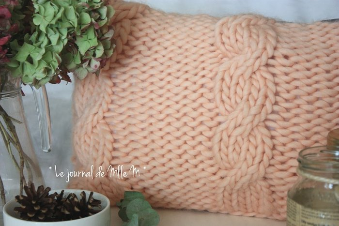 Coussin Ultra Moelleux So Cocooning (Tricot/Couture)-Finitions
