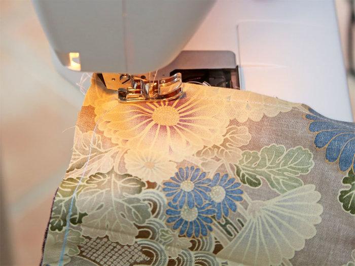 Coudre une pochette en tissu japonais-Découper et coudre les bordures arrondies