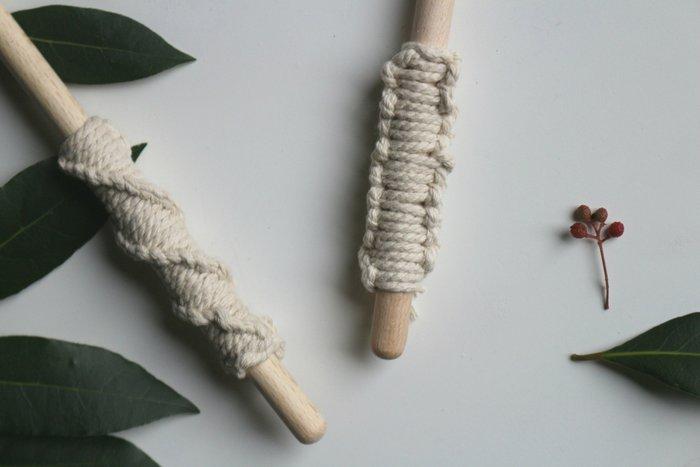 Cuillères en bois et macramé-Les deux noeuds