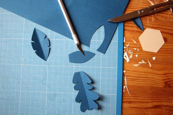 Couronne de Noël en papier cuivré-Les feuilles