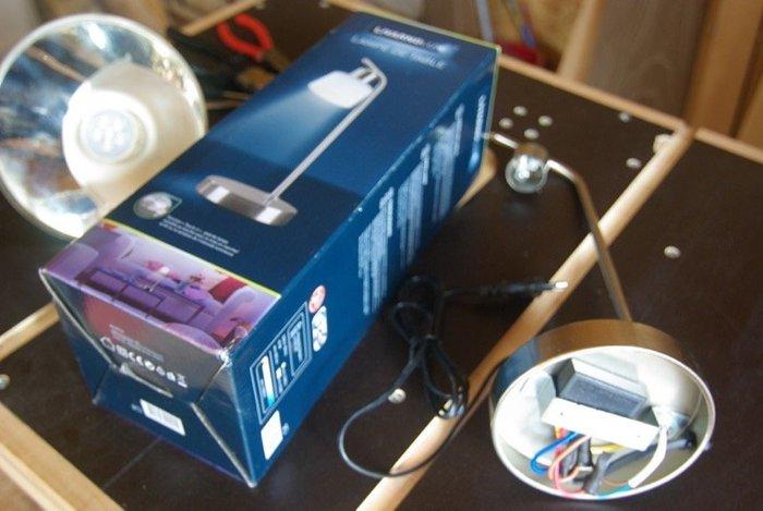 Transformer un phare en lampe de chevet !-Intégrer l'interrupteur tactile dans les phares