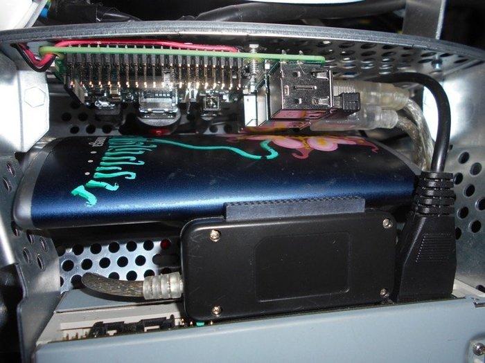 Un Média Center RPeMac !-Raccordement du disque dur externe