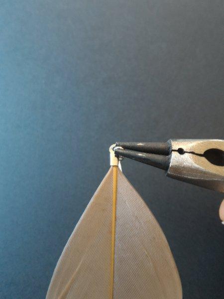 DIY Boucles d'oreilles plumes-Fermer