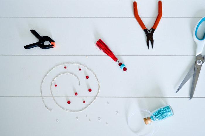 Sautoir pompon en cuir-Réalisation du pendentif